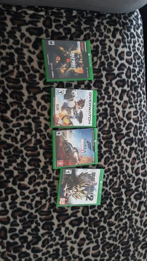 Xbox one games and a xbox one controller for Sale in Las Vegas, NV