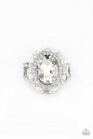 Show Glam - Stretchy White Ring for Sale in Denver, CO