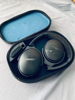 Bose Quiet Comfort QC 35 Bluetooth Wireless Headphones for Sale in Chicago, IL