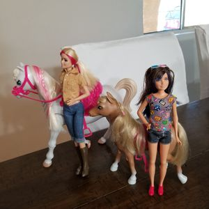 Barbie, Stacey and 2 horses for Sale in San Fernando, CA