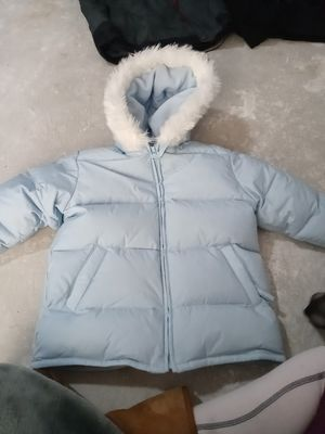 Old Navy size 4 kids snow jacket for Sale in Marysville, CA
