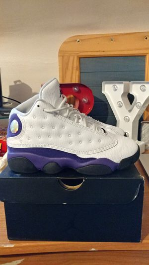 2019 Jordan Retro 13 Lakers size 2 Youth for Sale in Yeadon, PA