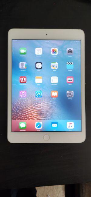 iPad mini 1 *16 gb* for Sale in Woodbridge, VA