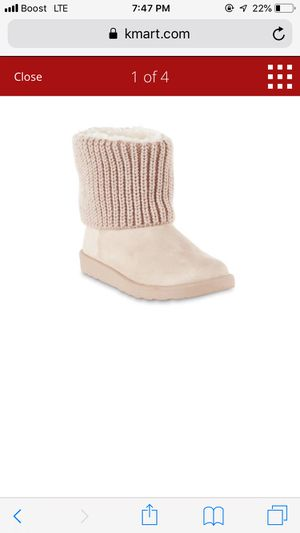Pink winter boots NEW Size 7 for Sale in Los Angeles, CA