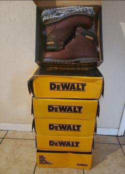 BRAND NEW !!! Dewalt Mens Size 9.5 Walnut Waterproof Soft toe Work Boots for Sale in Houston,  TX