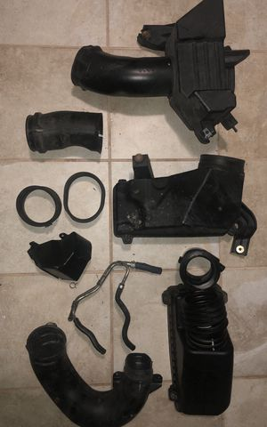 07 Acura TL Air Cleaner Intake Parts for Sale in Laurel, MD