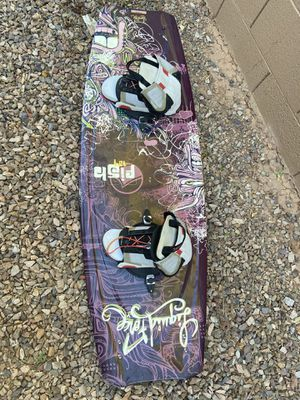 Liquid force fish 137 size 10-12 bindings for Sale in Gilbert, AZ
