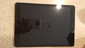 IPad 4 has icloud for part for Sale in Orlando, FL