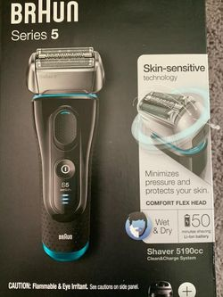 Braun Shaver for Sale in Fairfield,  OH