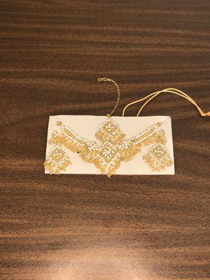 Necklace, earrings, head piece for Sale in Vallejo, CA