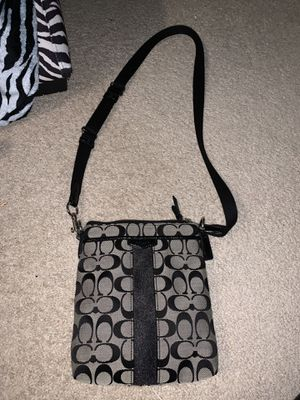 Black and grey coach crossbody bag for Sale in Maple Heights, OH
