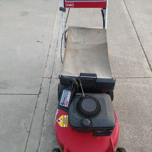 """Toro (21"""") ( Fully Maintenance ) ( Self propelled ) Lawn Mower ( ready to mow ) for Sale in Anaheim, CA"""