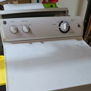 GE Washer And Dryer for Sale in Woodbridge, VA