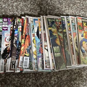 Stack Of Comics for Sale in Hayward, CA