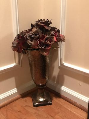 Flowers in a Vase for Sale in Ashburn, VA