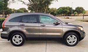 SELLING HONDA CRV 2010 GOOD TIRES AND BRAKES for Sale in Baltimore, MD