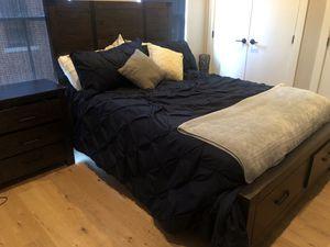 Queen bedroom set- NEW for Sale in Philadelphia, PA