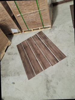 Luxury vinyl flooring!!! Only .88 cents a sq ft!! Liquidation close out! ZW 5 for Sale in Houston,  TX
