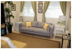 Grey couch in great condition with throw pillows for Sale in Davie, FL