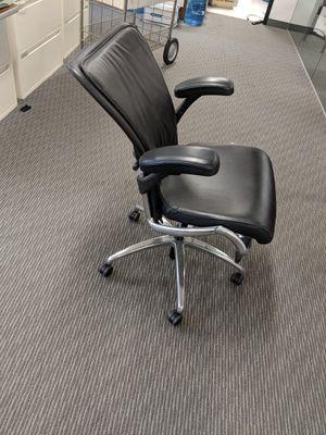 Kimball Skye premium ergonomic executive office desk task chairs (Aeron alternative) for Sale in Monterey Park, CA