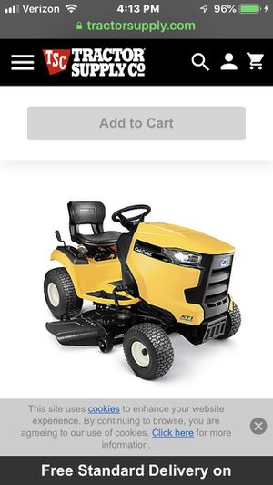Cub cadet riding lawn mower/tractor for Sale in Whittier, CA