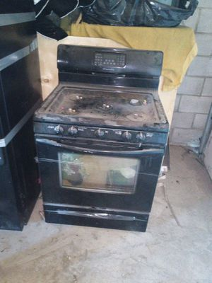 Black microwave and stove for Sale in Columbus, OH