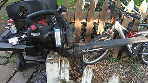 A nice leaf blower runs no problem for Sale in Lakewood, OH