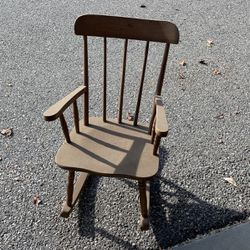 Kids Rocker Chair for Sale in Gilroy,  CA