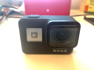 GoPro hero 7 black with 3 battery for Sale in Mansfield, CT