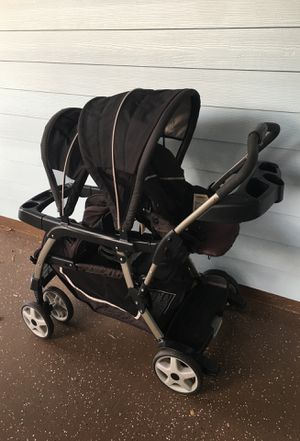 Graco 5 in 1 two seat children and baby stroller for Sale in Port St. Lucie, FL