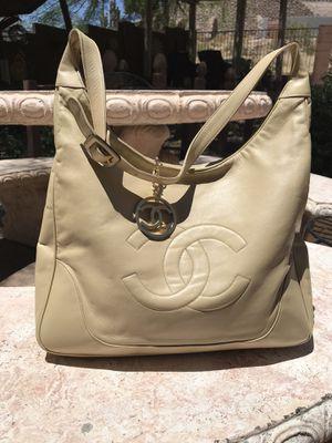 Chanel shoulder bag for Sale in Berkeley, IL