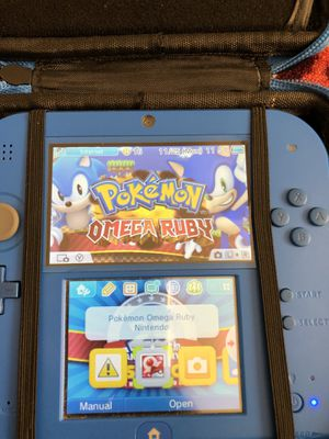 Nintendo 2ds with travel case and games for Sale in Richmond, CA