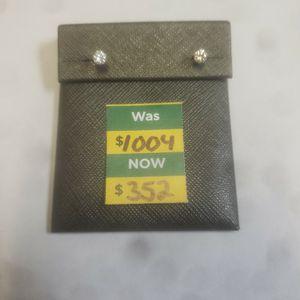 Diamond Stud Earrings for Sale in Miami, FL