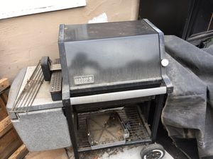 Weber BBQ for Sale in Modesto, CA