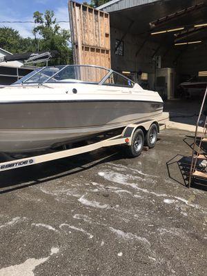 21' Ebbtide v8 mercruiser tandem trailer boat for Sale in Mt. Juliet, TN