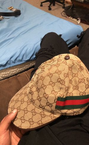 Gucci hat for Sale in Bedford, OH