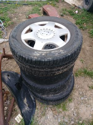 Very beetle rims and tire for Sale in Whipple, OH