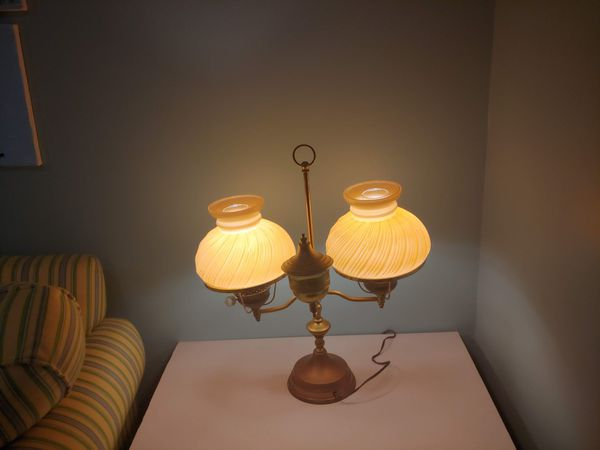 Beautiful Vintage Double Arm Brass Student Table Lamp W/ Swirl Pattern Shades