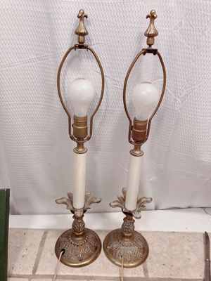 Dos lamparas antiguas / 2 Vintage Table lamps In working condition for Sale in Los Angeles, CA