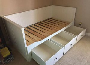 Ikea White Convertible Twin to King Sz Size Trundle Daybed Bed Frame Bedframe + 3 HUGE Storage Drawers Clothes Storage Organizer (NO MATTRESS) for Sale in Monterey Park, CA