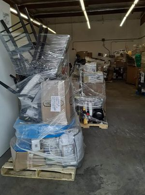 From $450 to $850 pallets!! Target, Home Depot and Amazon!! for Sale in Los Angeles, CA