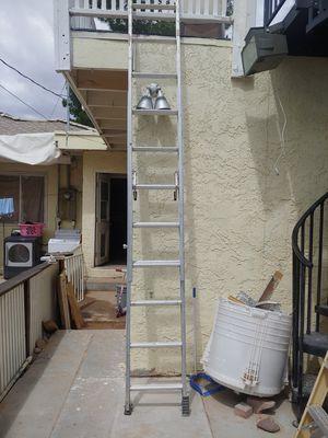 16 ' werner slide ladder for Sale in Las Vegas, NV