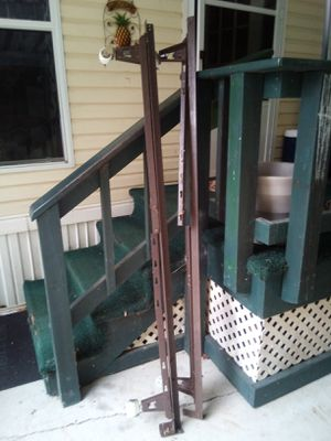 Metal bed frame for Sale in Kalamazoo, MI