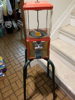 Vintage candy machine for Sale in Shelby Charter Township, MI