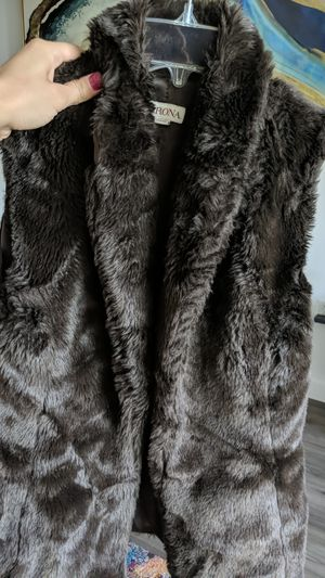 Faux fur vest for Sale in Fullerton, CA