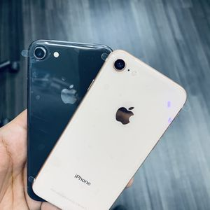 Iphone 8 64gb for Sale in Irving, TX