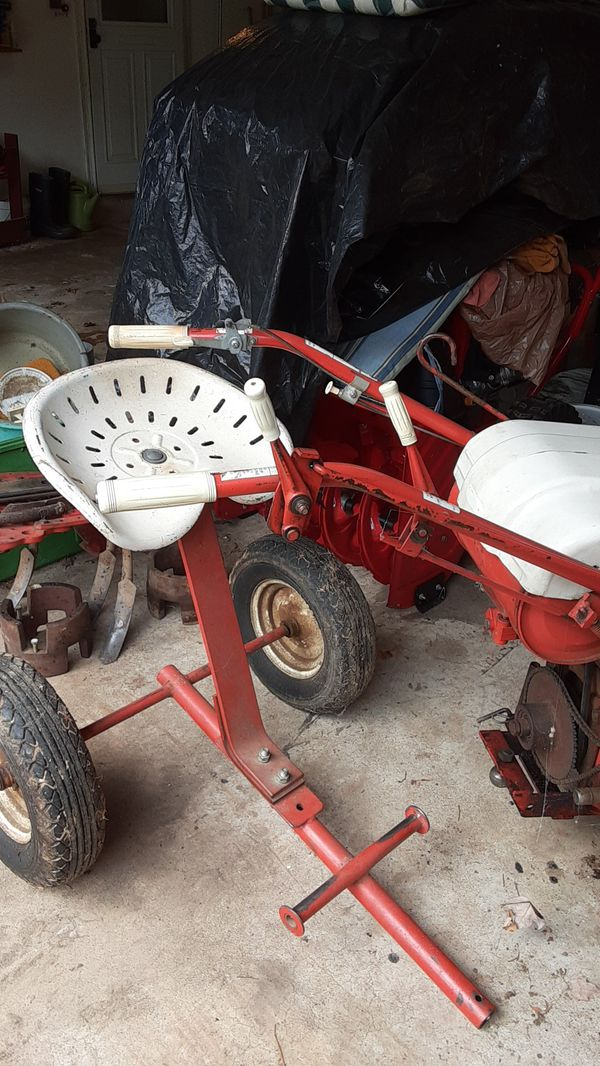 Gravely tractor/ mower with Implements