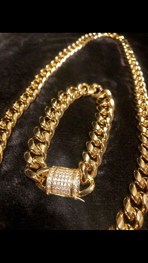 """Miami Cuban 15mm link chain 24"""" chain + bracelet set with CZ safety clasp plated Never tarnish or fade Best Quality Plated! for Sale in San Diego, CA"""