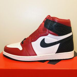 """Air Jordan 1 Retro High """"Satin Snake"""" Size 10.5 for Sale in Los Angeles, CA"""