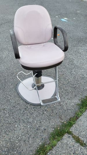 Barber chair for Sale in Everett, WA